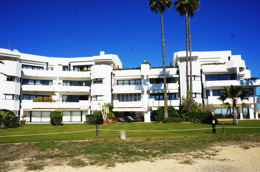 Frontline Beach 5 bedroom apartment, Sotogrande  This exceptional apartment is located in one of the, Spain