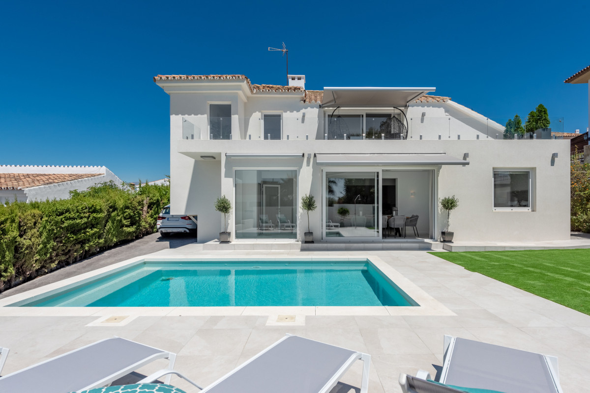Modern 4 bedroom villa in Seghers Estepona with walking distance to all amenities.  This Superior fo, Spain