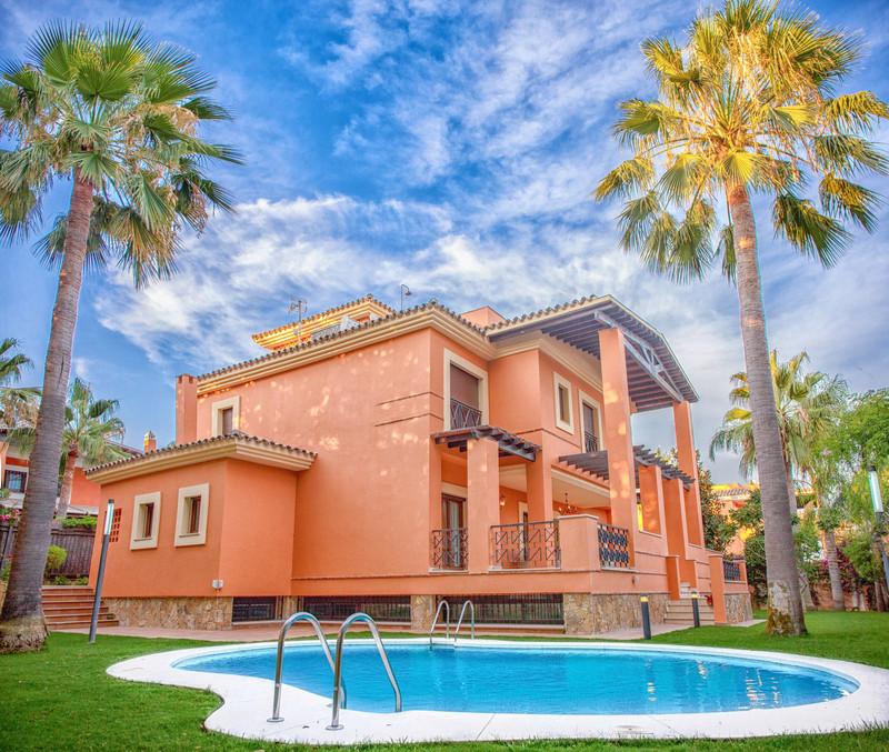 Los Monteros Villas 11