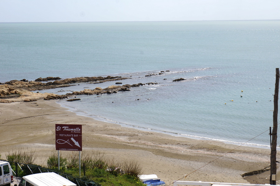 Spacious 3 bedroom apartment with sea views, is just you and the sea face to face. Walking distance ,Spain