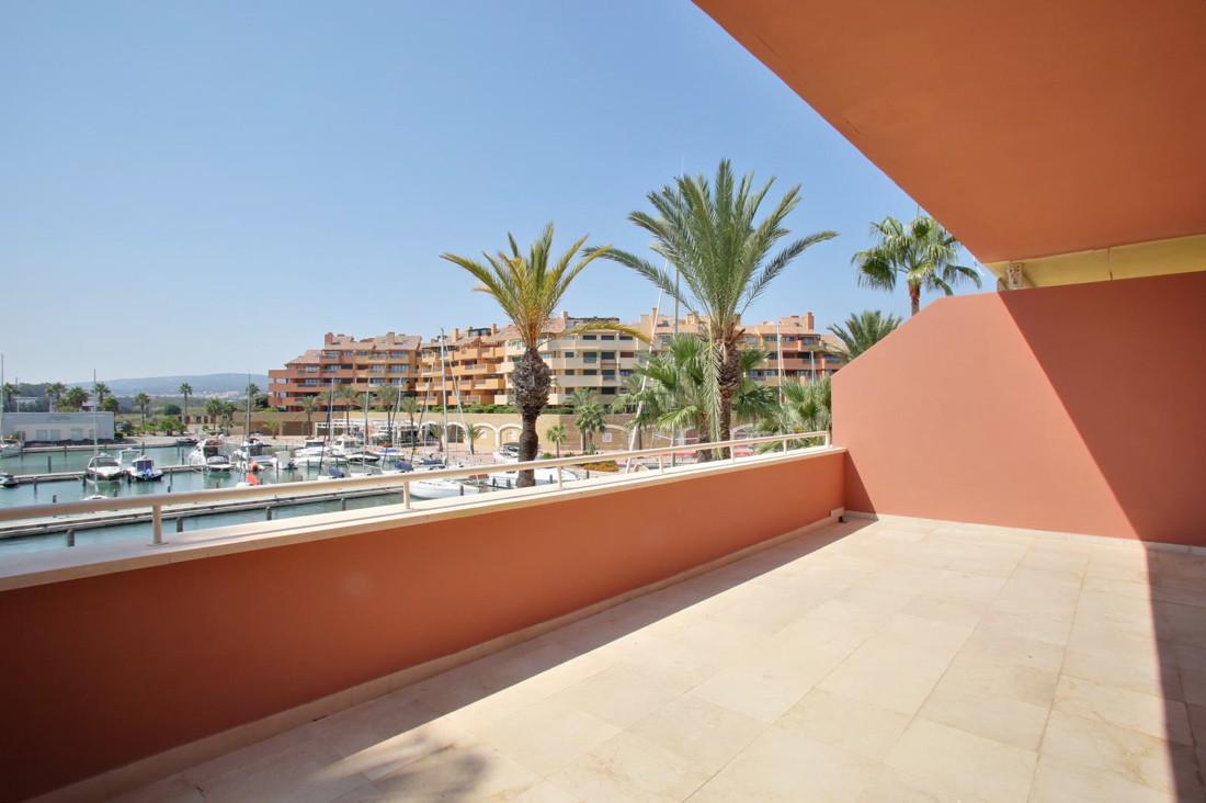 Duplex Penthouse Apartment Sotogrande Marina, Ribera del Arlequin 495,000 Total bedroom(s): 4, Near ,Spain