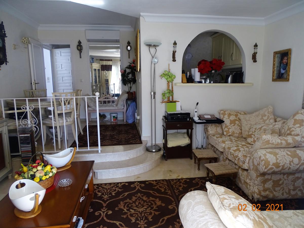 Apartamento en Venta en El Paraiso – R3800242