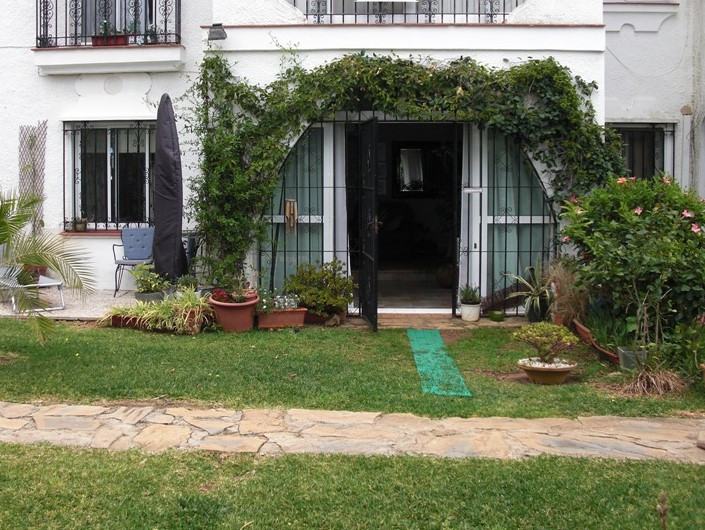 Sold STC  Very accessible ground floor apartment within walking distance of the shops and restaurant,Spain