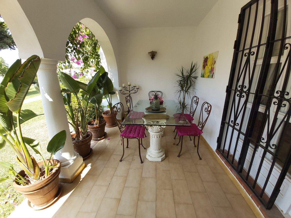 Charming two bedroom, two bathroom ground floor apartment within easy walk of restaurants, shops, bo, Spain