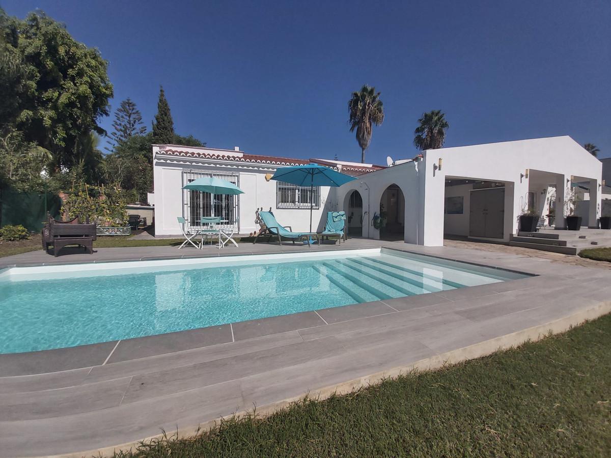 Marbella Banus Villa – Chalet en Venta en El Paraiso – R2695883