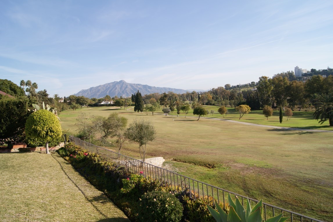Beautiful frontline golf bungalow built in Andalucian style.  This three bedroom two bathroom bungal,Spain