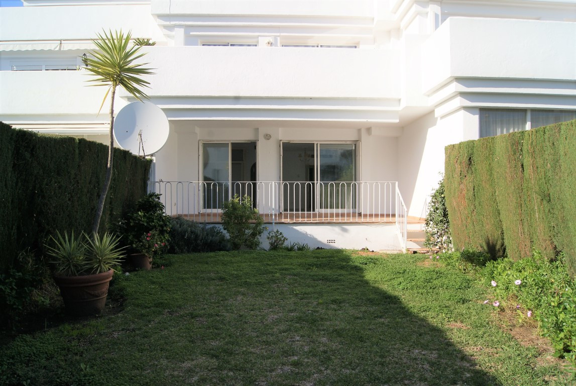 SALE AGREED  // SALE AGREED  //  SALE AGREED  Spacious two bedroom, two bathroom apartment close to ,Spain