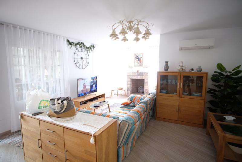 Property Calahonda 11