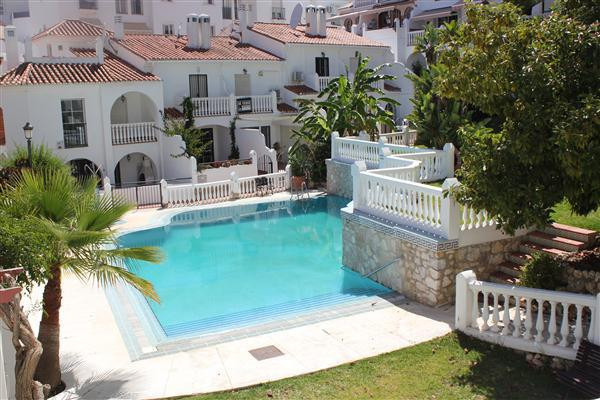 This quiet, bright 2 bedroom, south west facing apartment is situated within the complex Balcon del ,Spain