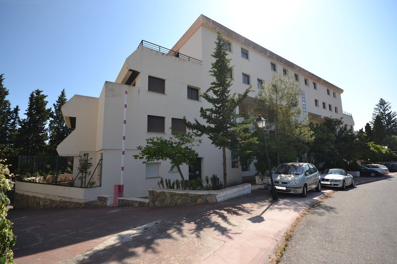 Interesting Opportunity for investment.. Building in Puerto Banus, at just 3 minutes walking distanc, Spain