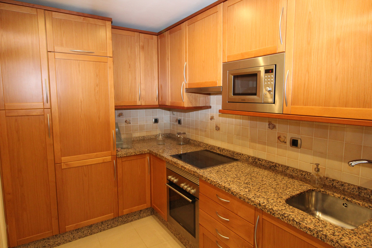 Unifamiliar con 3 Dormitorios en Venta The Golden Mile