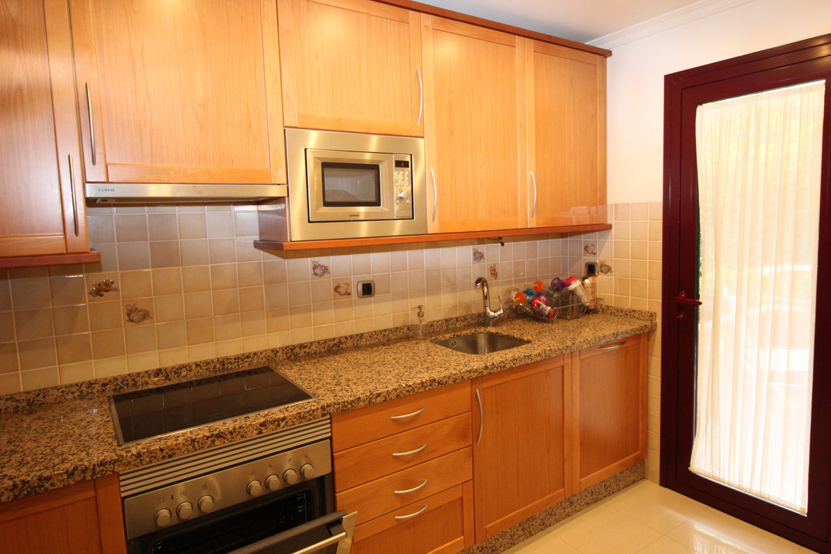3 Bedroom Semi Detached Townhouse For Sale The Golden Mile