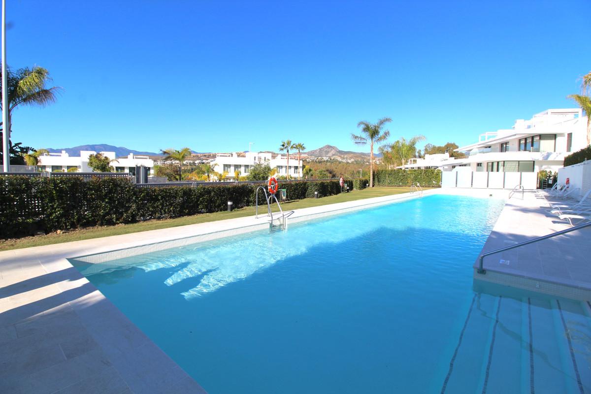 Marbella Banus Apartamento en Venta en Atalaya – R3557812