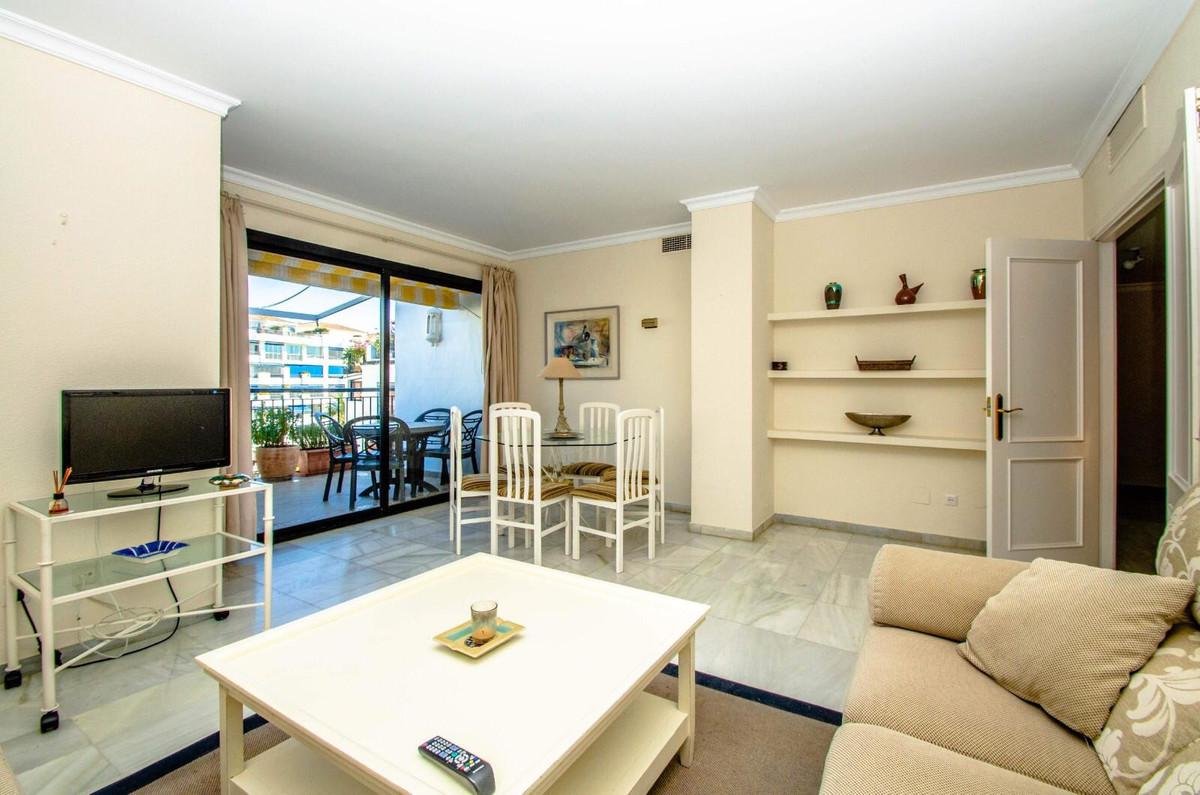 Apartamento en Venta en Puerto Banús – R3414901