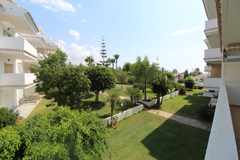 Apartments for sale Nueva Andalucia 11