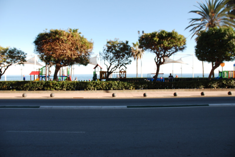 Local commercial, in the Paseo Maritimo of Estepona, the local actually is rented out to a chiness s,Spain