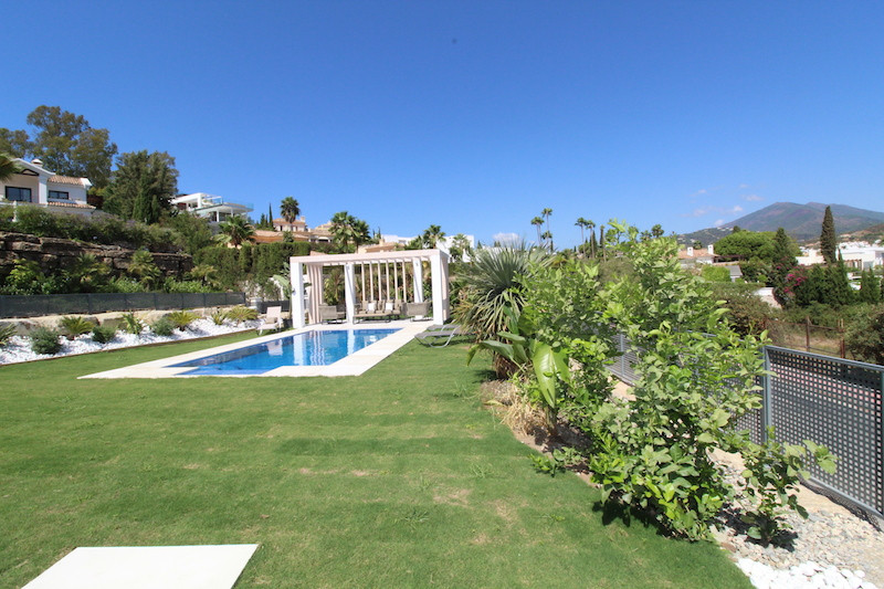 Complete Renovated Villa in the heart of Nueva Andalucia, The Property enjoy panoramic Views as is a, Spain