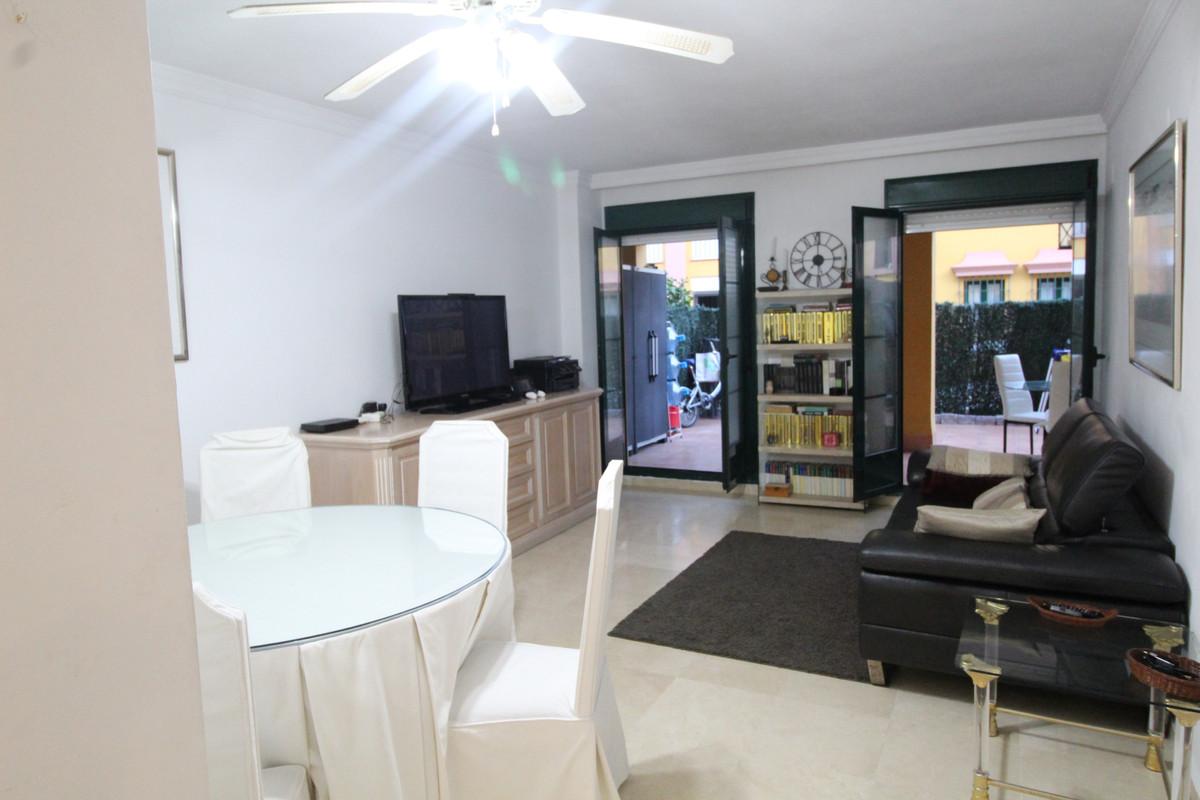 Marbella Banus Apartamento en Venta en Atalaya – R3533692