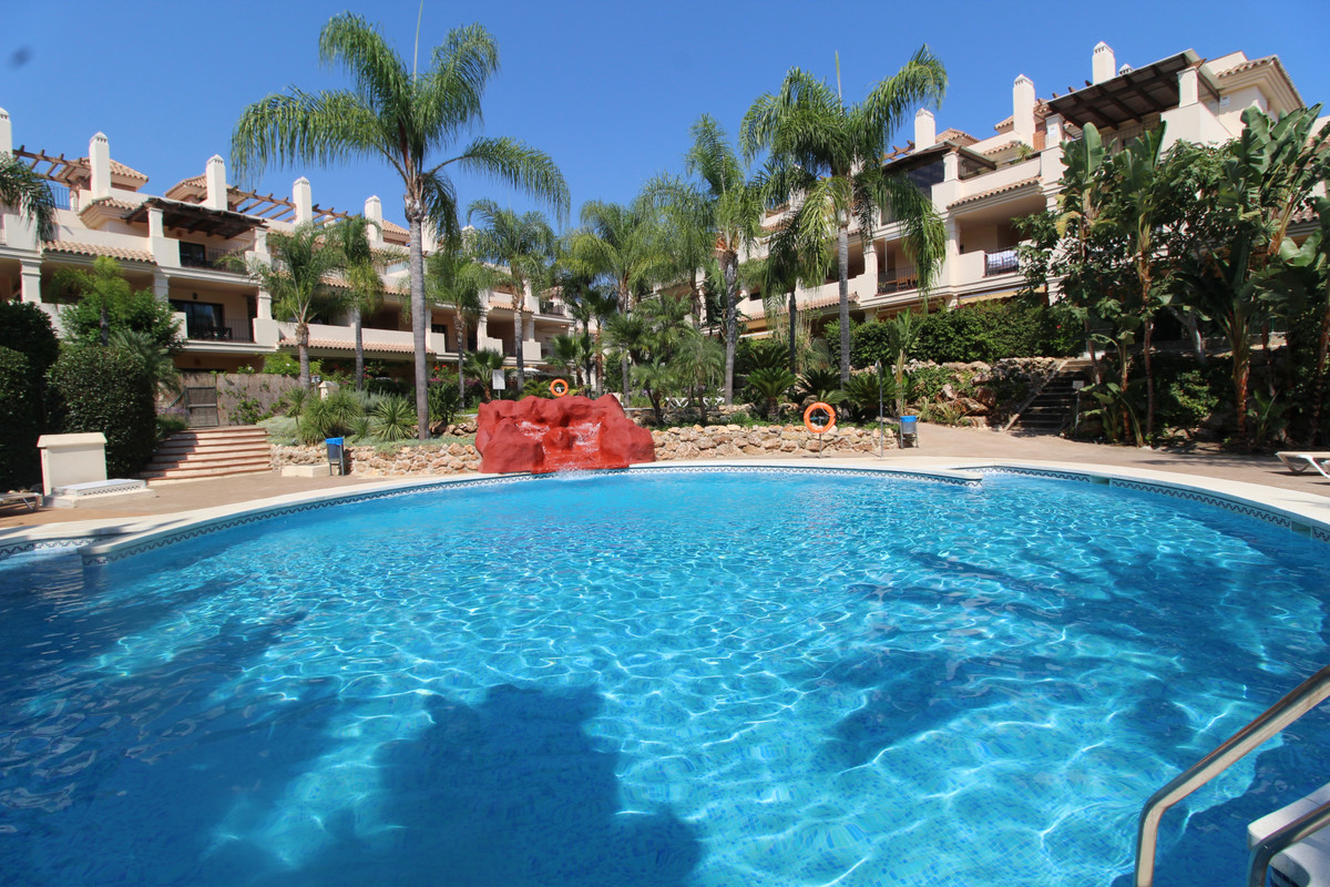 Fully renovated Ground floor apartment in El Palmeral at 5 minutes away of Puerto Banus and walking , Spain