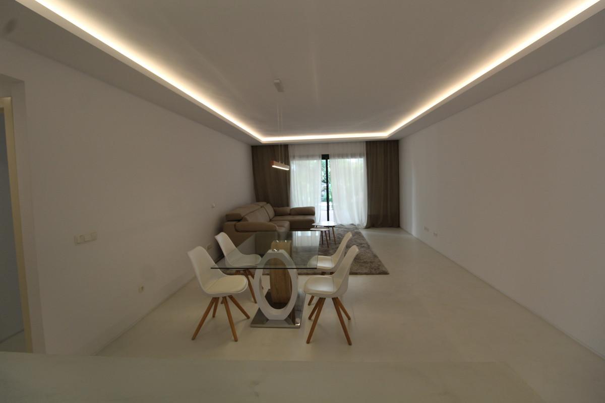 Apartamento Planta Baja en Venta en Nueva Andalucía – R3490039