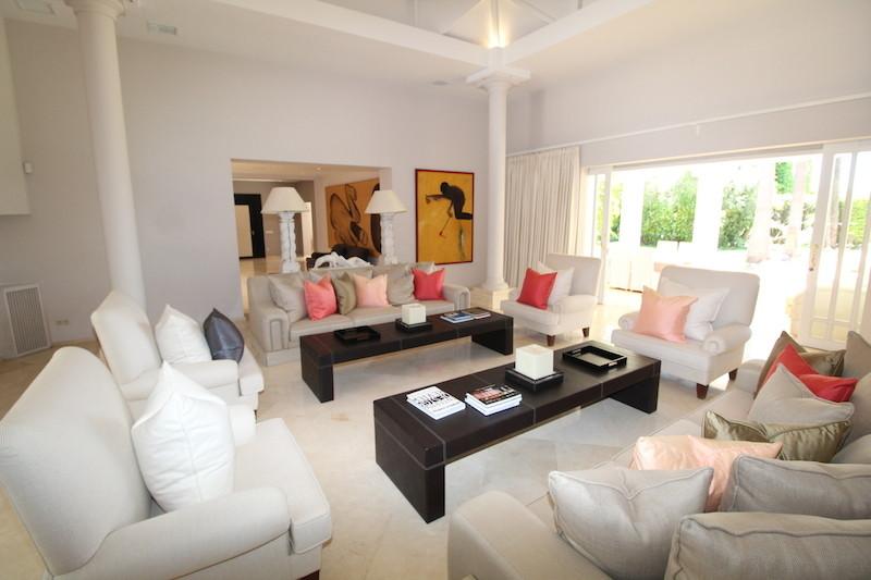 Villa – Chalet en Venta en Los Monteros – R3024302