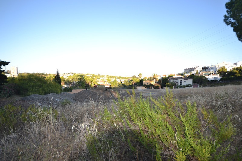 Interesting Plot with planning permission to build commercial center, Hotel, or Villas in plots of 1,Spain