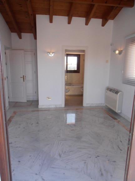 Apartamento Planta Media en Sierra Blanca, Costa del Sol