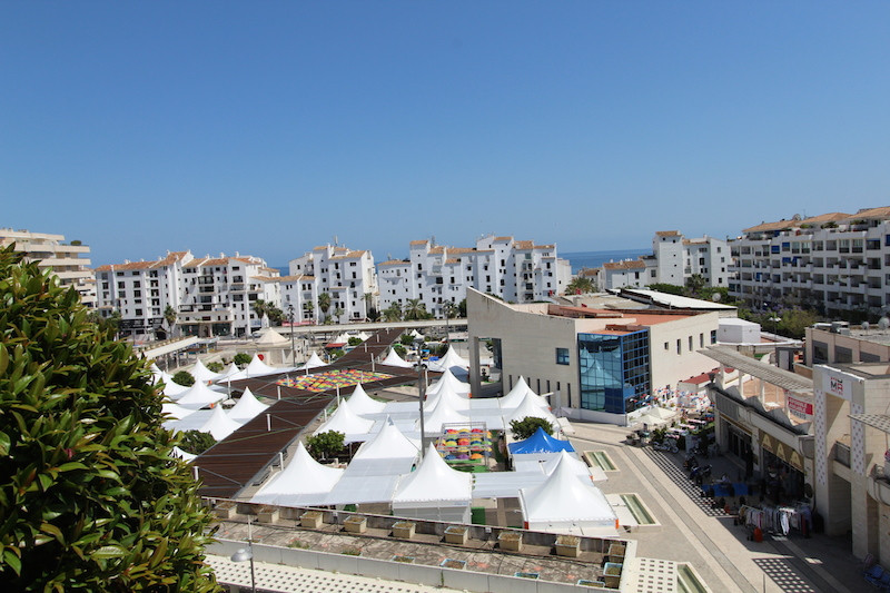 Penthouse for bedrooms, in the Heart of Puerto Banus, the development enjoy of communal Pool, recept,Spain