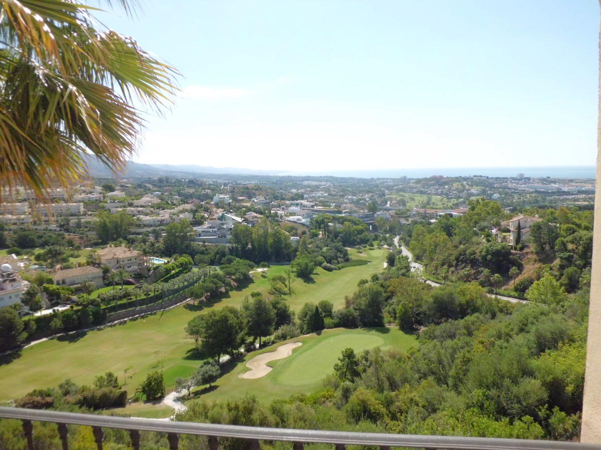 Marbella Banus Ático en Venta en La Quinta – R3145855