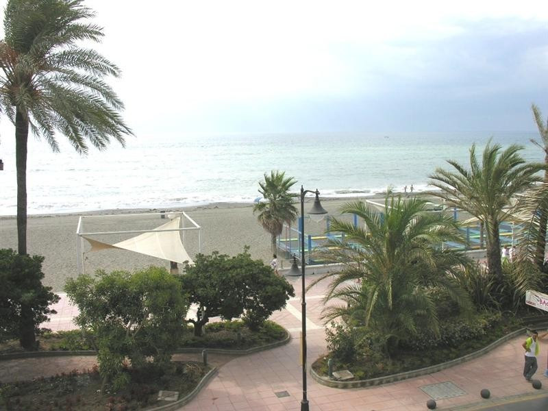 Apartment for sale in Estepona details