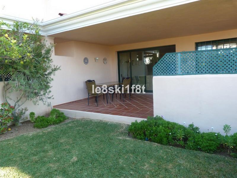 Apartamento Planta Baja en venta en Elviria – R3381493