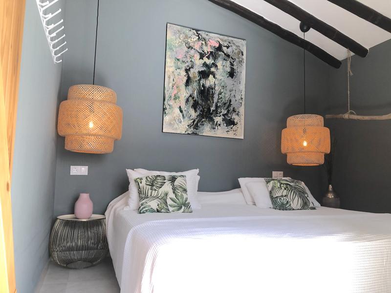 Apartamento en Planta Última en venta, Estepona – R3626501