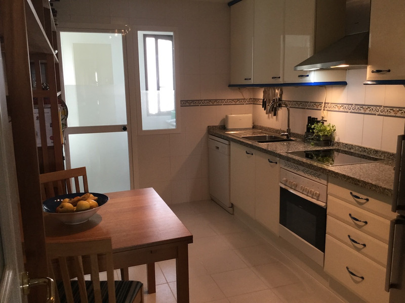 Apartamento Planta Media en venta, La Alcaidesa – R3168943