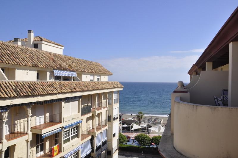 Apartamento en Planta Última en venta en Estepona – R3043841