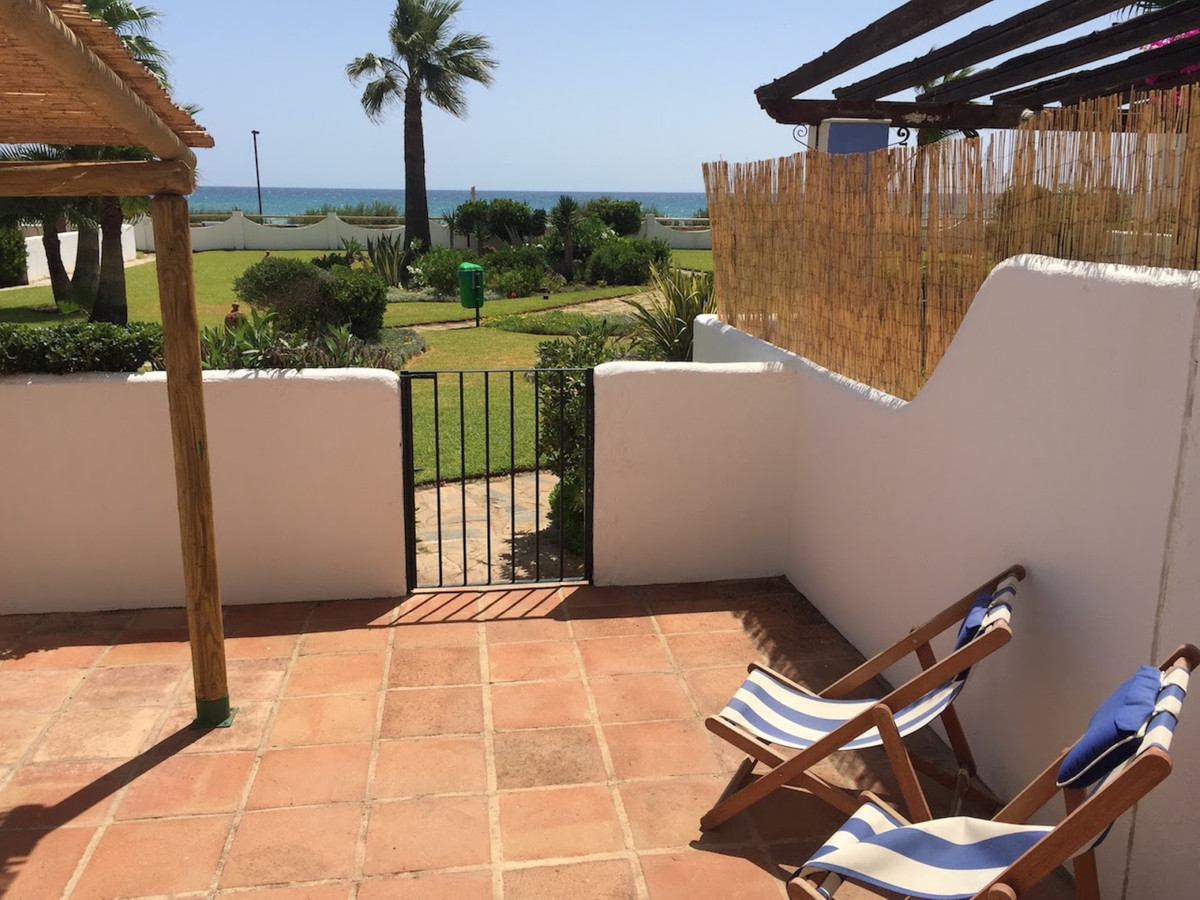 Townhouse  Terraced for sale   in Casares