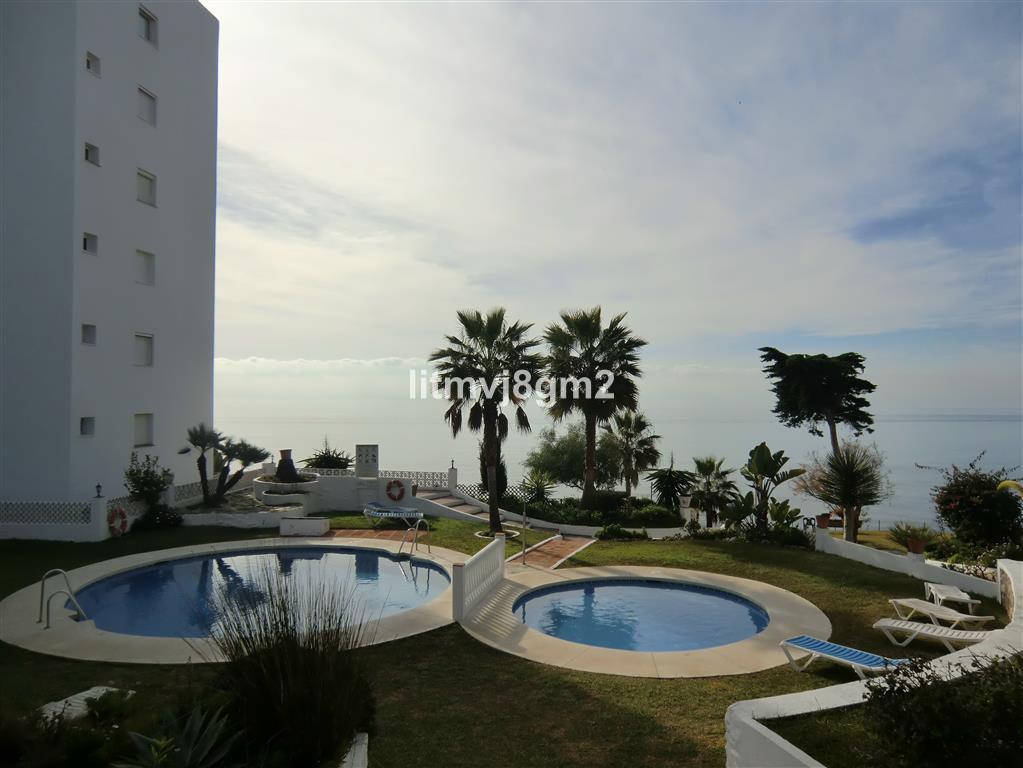 Marbella Banus Apartamento en Venta en Calahonda – R3086452