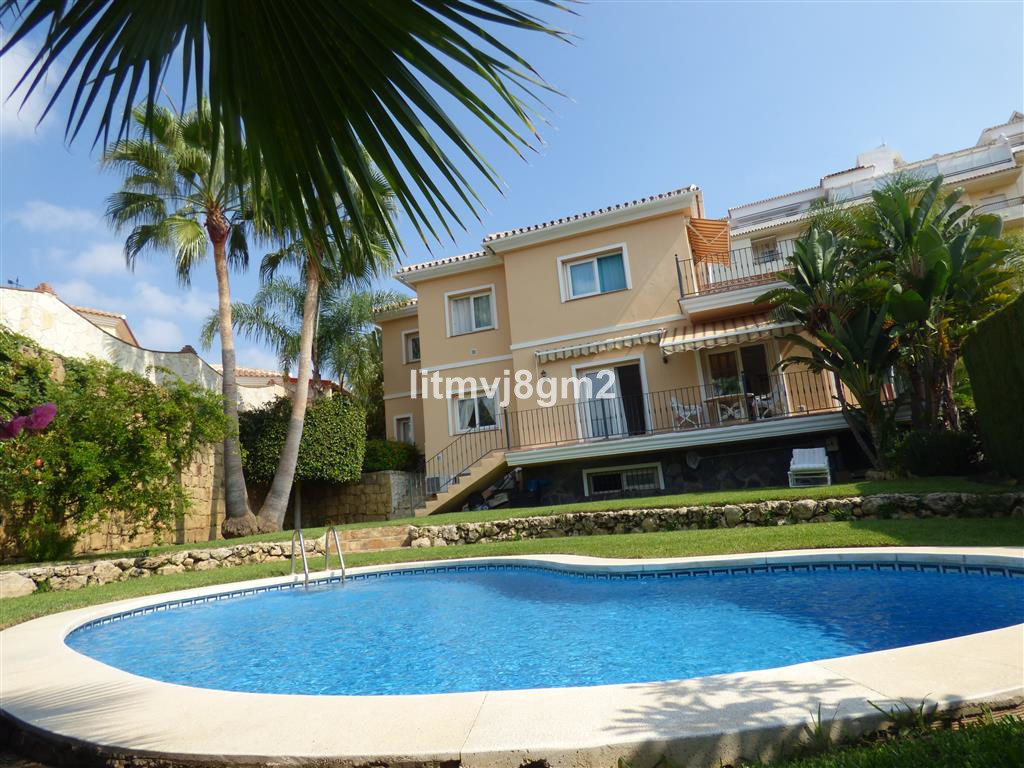Very Spacious Villa, located in very desirable and fantastic location in Torrenueva, just 7-minute wSpain
