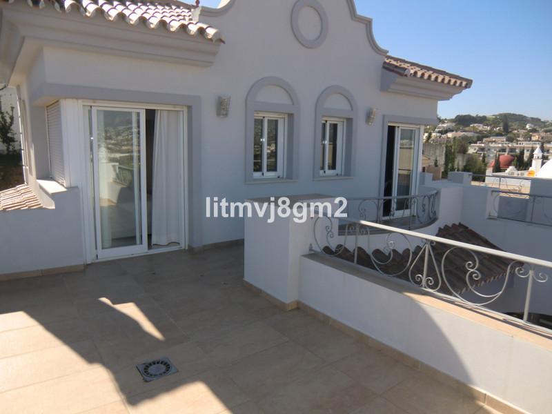 Villa – Chalet a la venta en Mijas Costa – R3066601