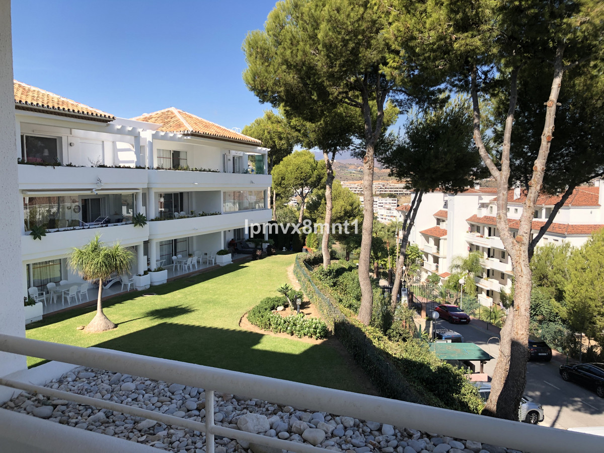 BEAUTIFUL MIDDLE FLOOR ONE BEDROOMSCORNER APARTMENT WITH FASTASTIC SEA VIEWS. IT IS LOCATED IN THE R,Spain