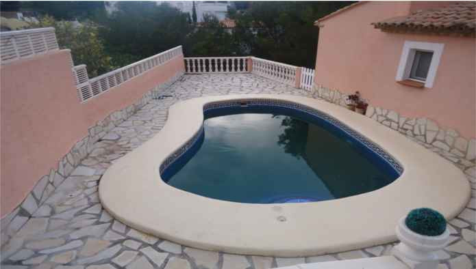 Excellent detached villa with pool in residential area of ??Denia, 10 minutes from the beach and the,Spain