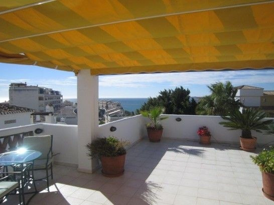 Great top apartment with beautiful large terrace with a stunning view of both the sea and the mounta,Spain