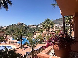 Nice apartment located in Mediterra  Nice big and bright apartment with sea-views, located in Medite, Spain