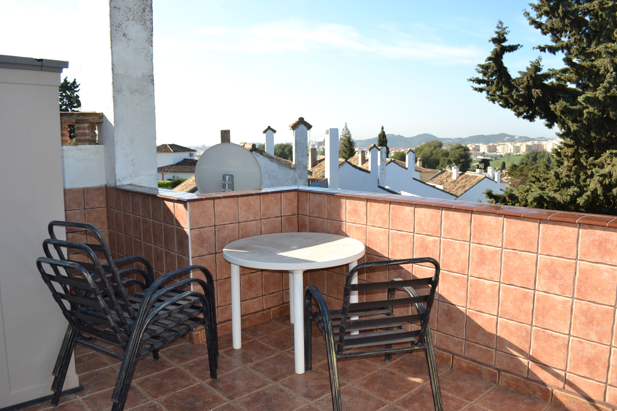 Townhouse in El Coto