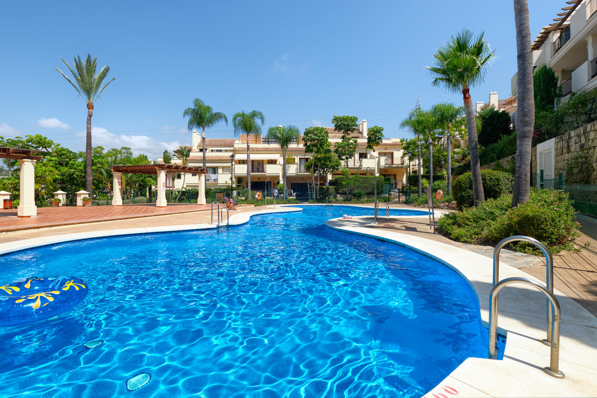 Marbella Banus Townhouse for Sale in Marbella – R3684593