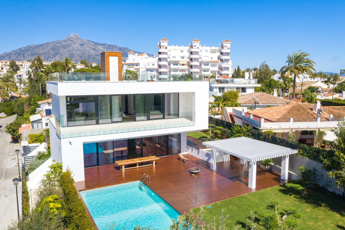 Villa Detached Marbella Málaga Costa del Sol R3677207 2