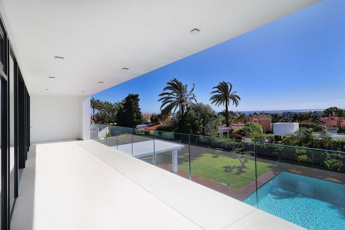 Villa Detached Marbella Málaga Costa del Sol R3677207 3