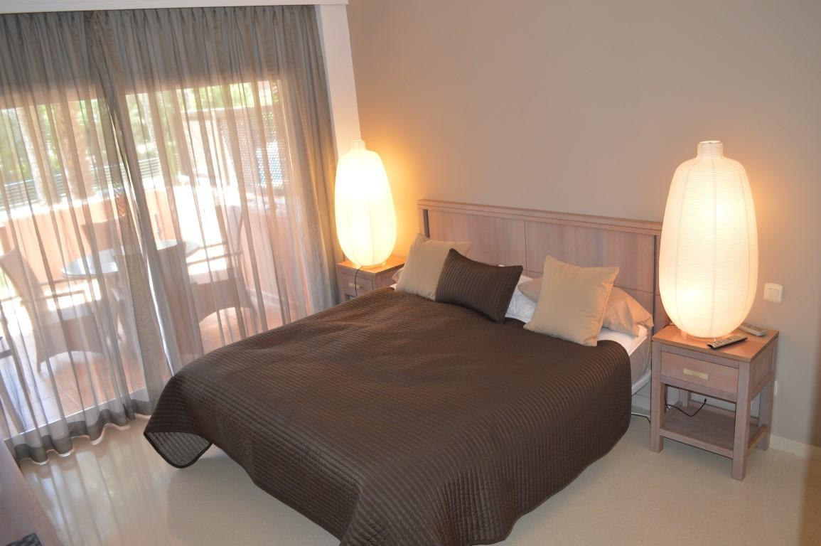 Apartamento en Venta en Puerto Banús – R2851505