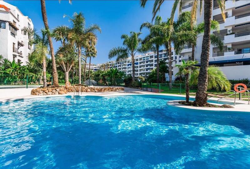 Marbella Banus Apartamento Planta Media en venta en Marbella – R3325168