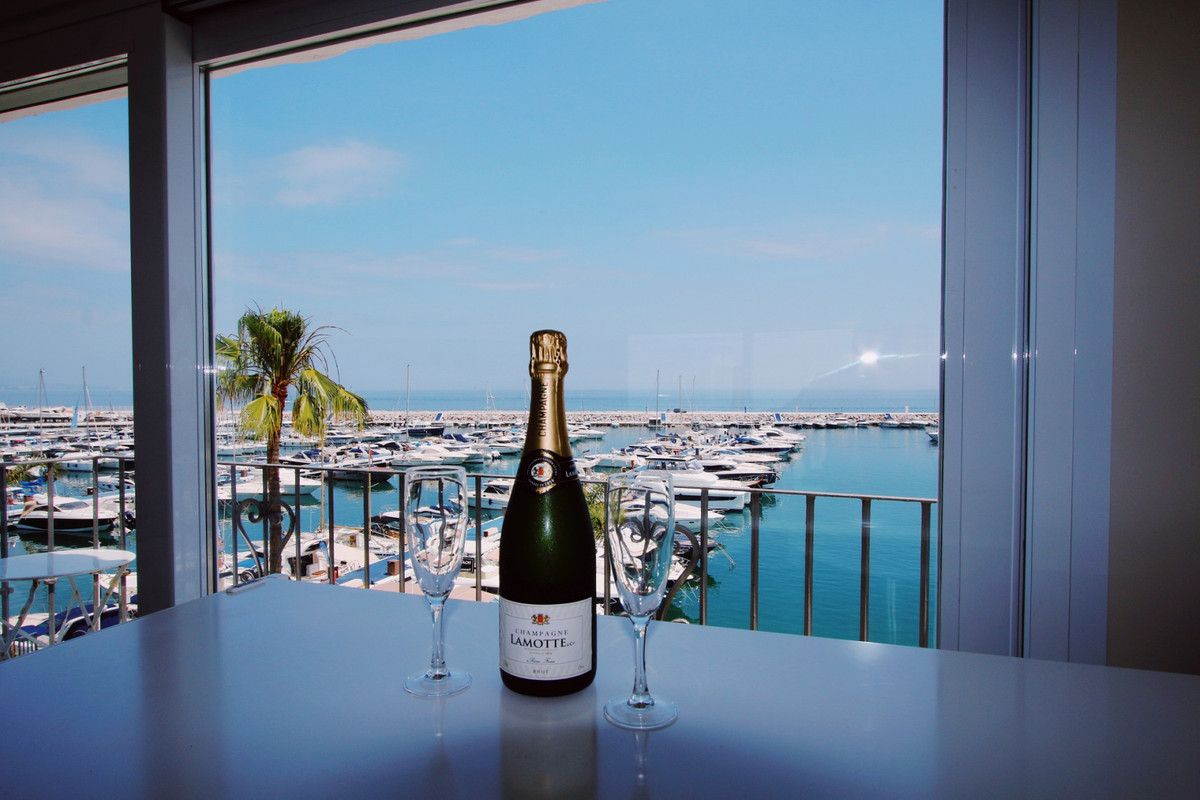 PRIME LOCATION! BEST VALUE FOR MONEY!  *BEST PRICED PENTHOUSE IN THE FAMOUS PUERTO BANUS MARINA 1ST ,Spain