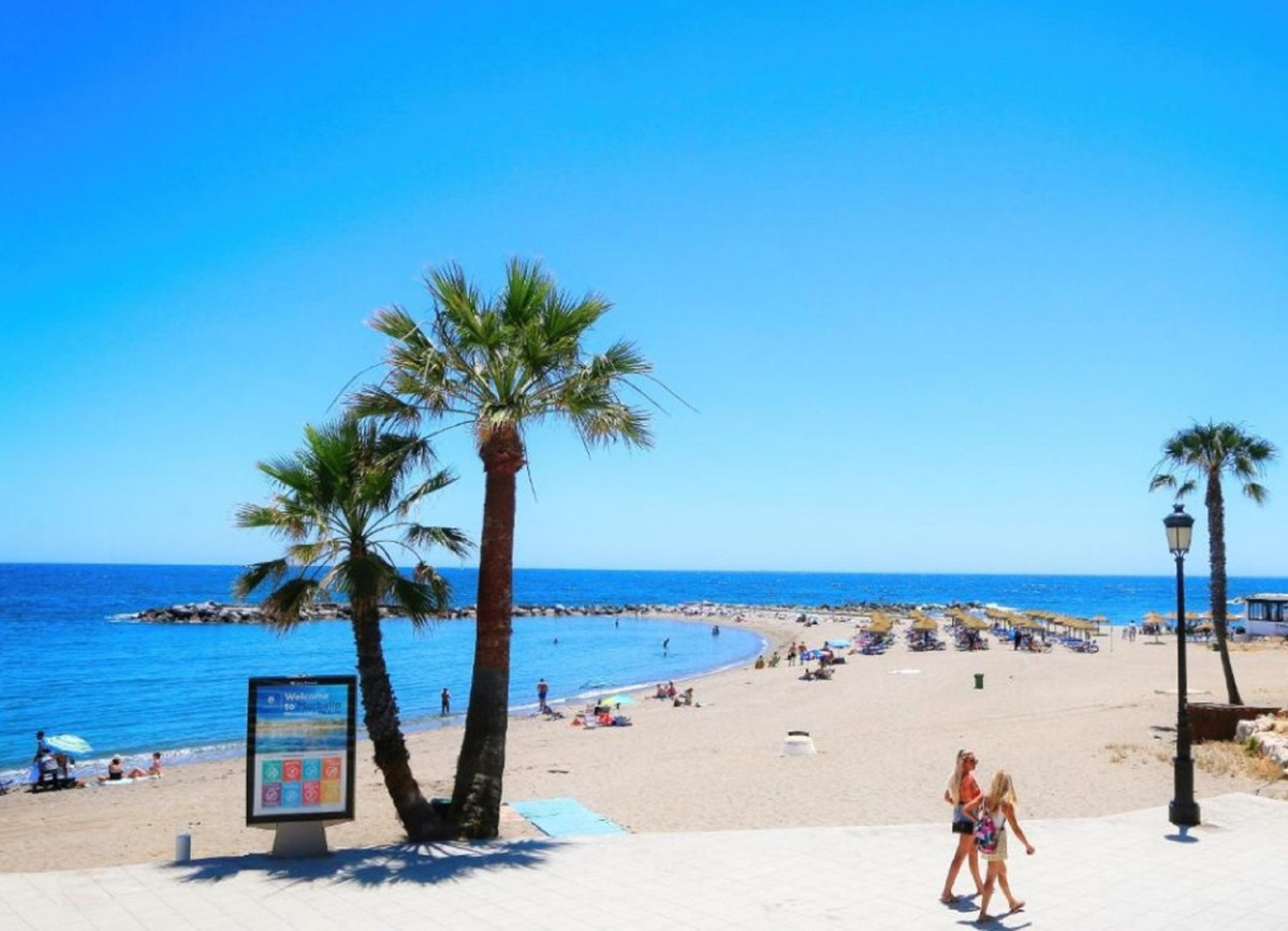 BEST BEST BEST VALUE FOR MONEY DEAL! Don`t miss out this unique opportunity!   Location! Location! L,Spain